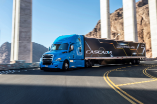 Daimler Trucks North America introduces the first SAE Level 2 automated truck in series production in North America with the latest enhancements to the Freightliner Cascadia®.