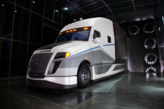 DTNA's SuperTruck was unveiled today at the 2015 Mid-America Trucking Show